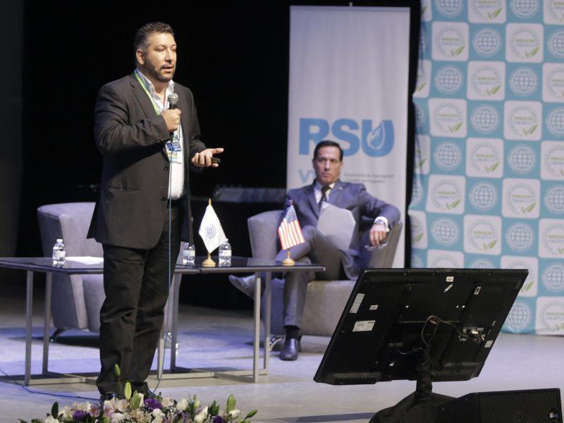 71128202. Puebla, 28 Nov. 2017 (Notimex- Carlos Pacheco).- Se realizaron los Encuentros de Responsabilidad Socialmente Empresarial de WorldCob en el Teatro del Complejo Cultural Universitario de la Benemérita Universidad Autónoma de Puebla.  NOTIMEX/FOTO/CARLOS PACHECO/HUM/HUM/